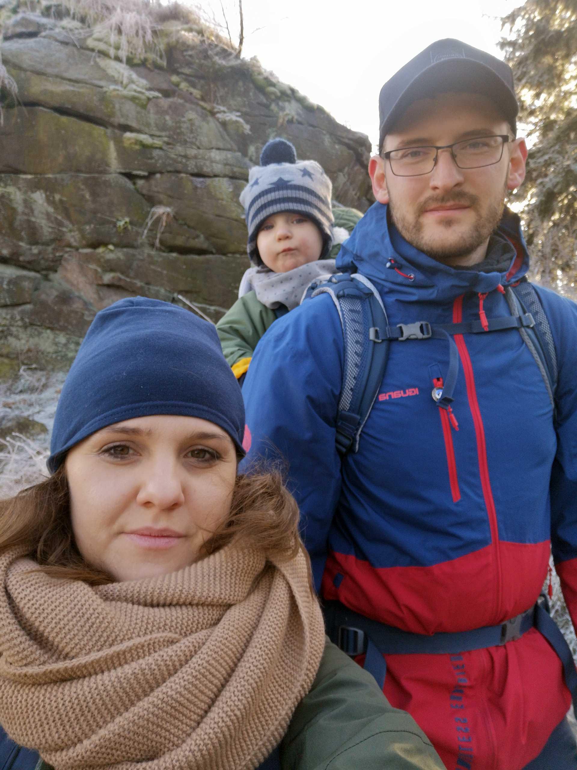 Rodzinka Ania Jaś i Karol
